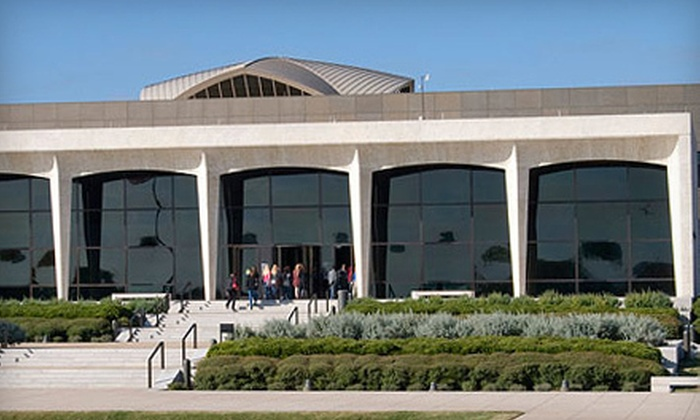 Amon Carter Museum of American Art - Cultural District: $49 for Friend Membership for Up to Four to Amon Carter Museum of American Art ($100 Value)