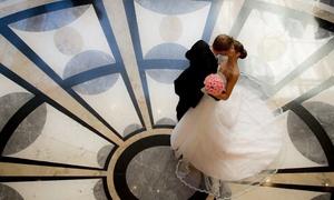 Artsydaria Photography: 180-Minute Wedding Photography Package from ArtsyDaria Photography (70% Off)