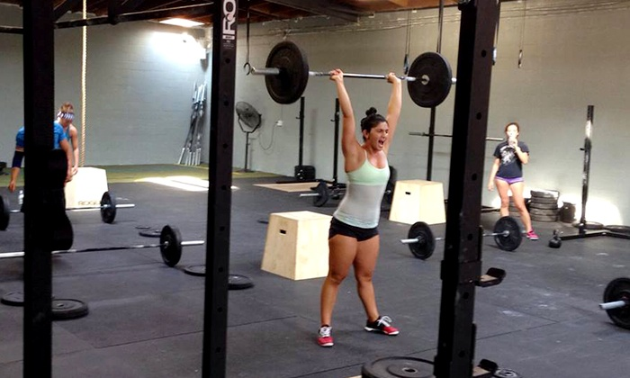 CrossFit Chryses - Burbank: 5, 10, or One Month of Unlimited CrossFit Classes at CrossFit Chryses (Up to 70% Off)