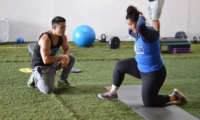 BAYLIFE Athletics - Marina Faire: One-Month Membership with a Personal-Training Session at Baylife Athletics (77% Off)