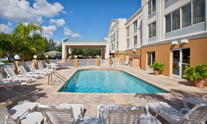 null - Tampa Bay Area: Stay at Best Western Plus Ambassador Suites Venice in Florida with Dates Through September