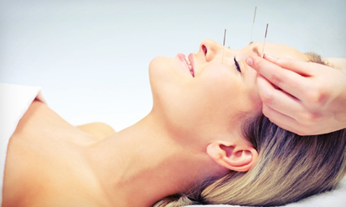 Healing Solutions Acupuncture - Oviedo: $29 for an Acupuncture Treatment and an Initial Consultation at Healing Solutions Acupuncture ($90 Value)