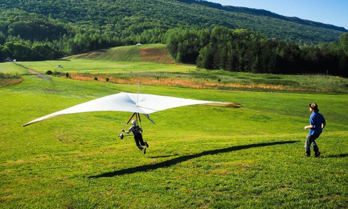 Lookout Mountain Flight Park - Rising Fawn: Half-Day Hang Gliding Experience at Lookout Mountain Flight Park (50% Off)