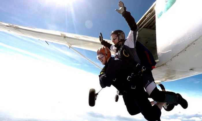 Skydive Academy - Shotton Colliery: 7,500 or 10,000ft Tandem Skydiving Experience at Skydive Academy