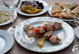 Restauracja El Greco: Menu degustacyjne mięsne lub wegetariańskie dla 2 osób za 59,99 zł i więcej opcji w Restauracji El Greco (do -52%)