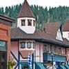 Comfy Hotel near Cascade Mountains