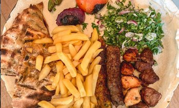 AED 200 to spend on Arabic Food at Bait Omi