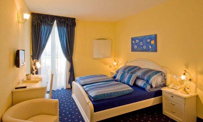 Hotel borgo dei poeti wellness resort a solarolo for Manerba spa