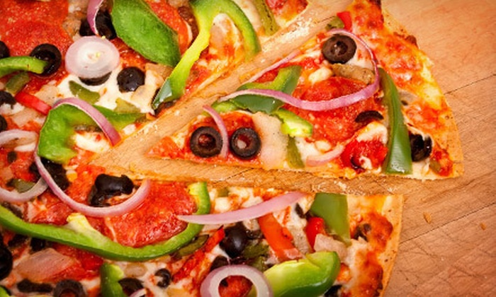 Luke 'n Ollie's Pizzeria - Isle of Palms: $10 for $20 Worth of Casual Food at Luke 'n Ollie's Pizzeria