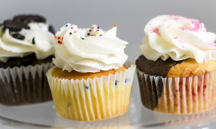 Robin's Nest Cakery - Kenosha Central Business District: $6 for $10 Worth of Cupcakes — Robin's Nest Cakery