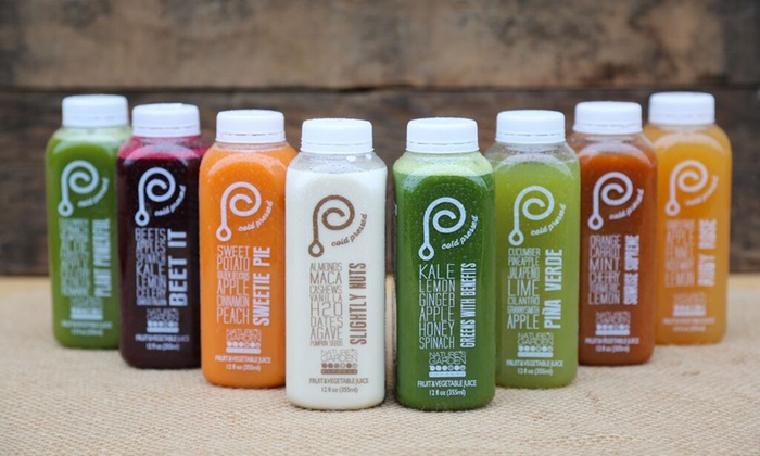 Nature's Garden Express - Atlanta: $30 for 12oz Juices or Large Box of Organic Produce and Delivery from Nature's Garden Express ($56 value)
