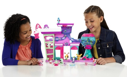 Littlest Pet Shop Sweet Delights Sweet Shop Play Set. Free Returns.