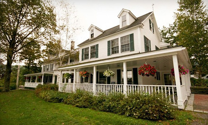 The Stowe Inn - Stowe, VT: One-Night Weekday or Two-Night Weekend Stay for Up to Two with $20 Restaurant Credit at The Stowe Inn (50% Off)