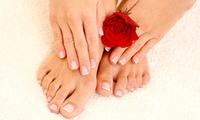 2 sesiones de manicura semipermanente con opción a pedicura semipermanente desde 12,95 € en Estética y Belleza Claudia