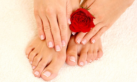 Gel Pedicure ($25) or Gel Mani-Pedi ($49) at Flaunt Hair Beauty Spa (Up to $85 Value)