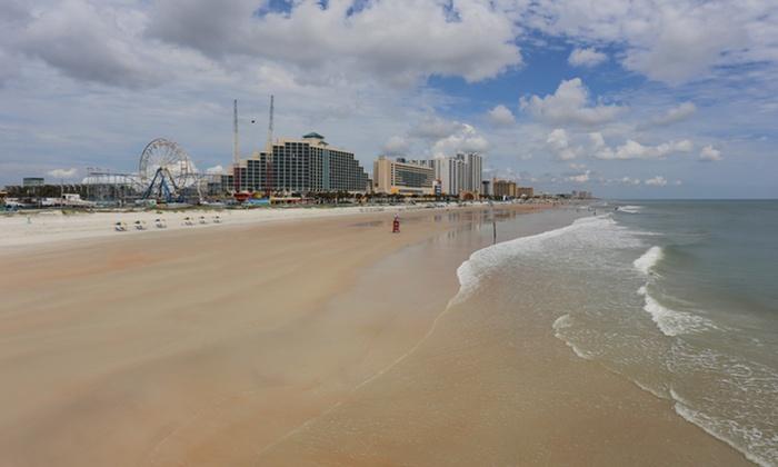 Roomba Inn Daytona beach - Daytona Beach, FL: Stay at Roomba Inn Daytona Beach in Daytona Beach, with Dates into October