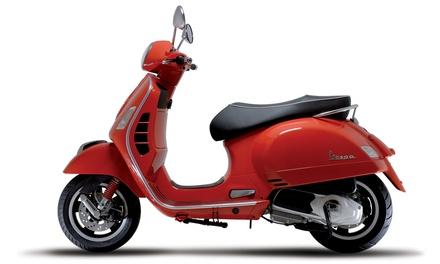 Fino ad un giorno di noleggio Vespa Gran Turismo 125 cc con Frank Autonoleggio, zona Termini (sconto fino a 75%)