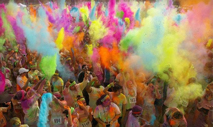 Graffiti Run - Houston: $25 for the Colorful 5K Run for One on Sunday, April 14, at Sam Houston Race Park ($50 Value)
