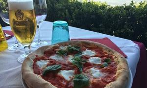 Lido Bardolino: Menu pizza sul lago di Garda con dolce e birra per 2 o 4 persone al Lido Bardolino (sconto fino a 73%)