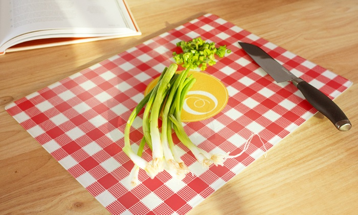 Clairebella: Personalized Cutting Boards from Clairebella (55% Off)