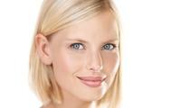 Faltenbehandlung mit 1 ml Hyaluronsäure an 1 oder 2 Zonen nach Wahl bei Dr. phil.Iris Heyer (52% sparen*)