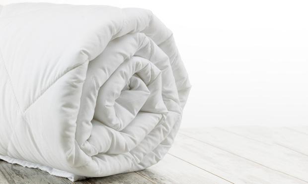500gsm winter merino wool quilt groupon goods. Black Bedroom Furniture Sets. Home Design Ideas
