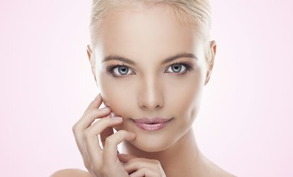 image for Glycolic Skin Peel with a Consultation at VGmedispa (90% Off)