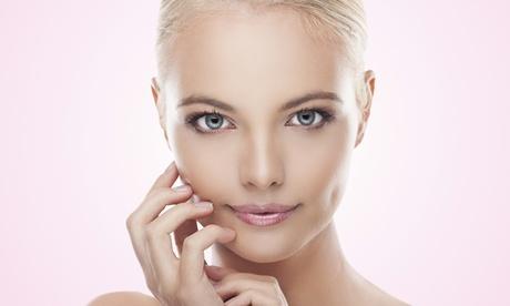 Tratamiento facial antiedad con 10 o 20 hilos tensores PDO y mesoterapia con vitamina C desde 95 € en Sagrada Familia