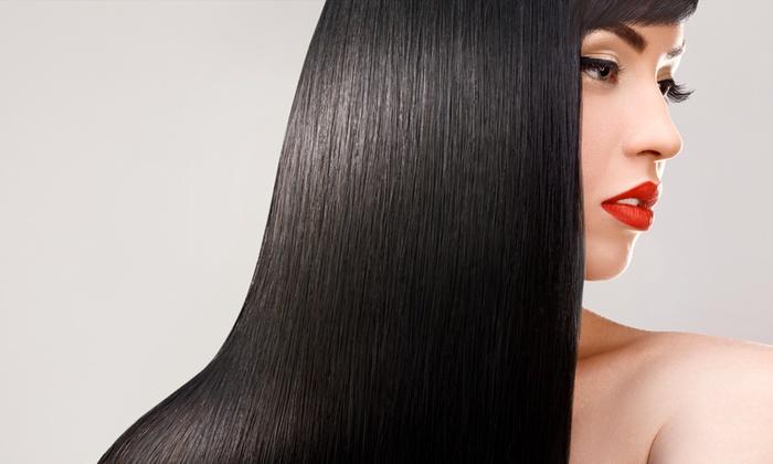 Monica Solati Parrucchiera - Mestre (VE): Bellezza capelli con taglio più trattamenti specifici a scelta da 29,99 €