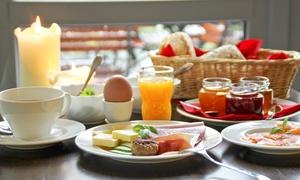 La Mesa Frankfurt: Gourmet-Frühstück für Zwei mit Lachs und Shrimps im La Mesa ab 13,90 € (bis zu 52% sparen*)