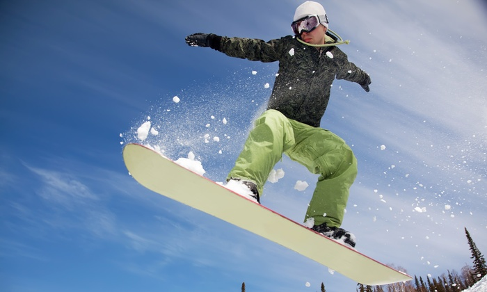 SnowBomb: $99 for a Snowbomb Platinum Pass with 5 Lift Tickets, Hotel Stay, and Free Rental/Tune Ups ($200 Value)