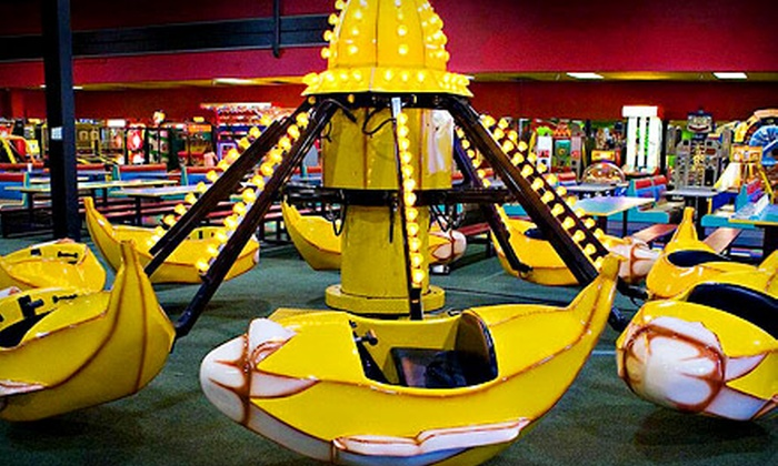 Birthday World Family Fun Center - Altamonte Springs: $24 for Mini Golf, Carnival Rides, and Bounce Castle Access for Four at Birthday World Family Fun Center ($48 Value)
