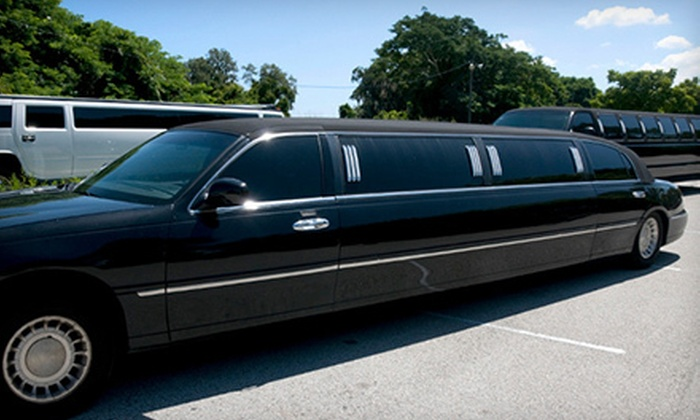Limo4u - Downtown Toronto: One-Way or Round-Trip Travel with GTA Pickup from Limo4u (Up to 60% Off). Six Options Available.
