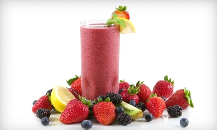 GNC - Multiple Locations: $2 for 32-Ounce Fresh Fruit Smoothie at GNC ($4.69 Value)