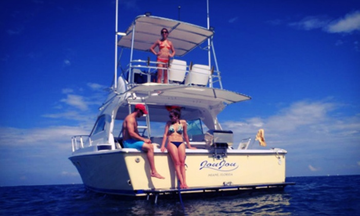 Mabru Day Cruises - River Oaks: 2.5-Hour Yacht Ride with Food and Drinks
