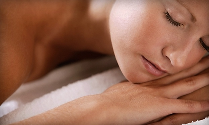 Amazing Hands Massage Therapy and Spa - Multiple Locations: $30 for a 60-Minute Swedish Massage at Amazing Hands Massage Therapy and Spa ($60 Value)