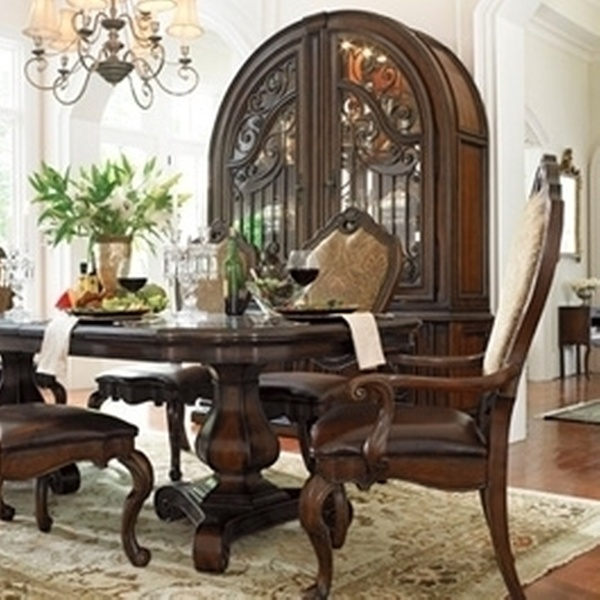 $9 for $9 Worth of Furniture at Freed's Furniture