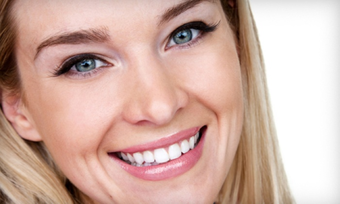 UltraWhite Clinic - Haultain: One Express or Two Full Teeth-Whitening Treatments at UltraWhite Clinic (Up to 69% Off)