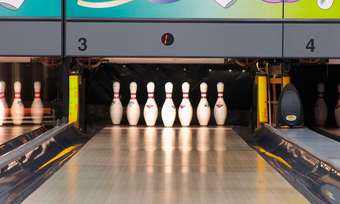 Lakewood Bowl - Richton Park: Bowling with Shoe Rental, Pizza, and Beer for Up to 6 or 12 People at Lakewood Bowl (Up to 53% Off)