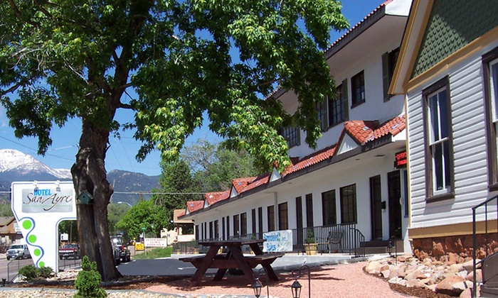 Hotel San Ayre - Colorado Springs, CO: 1- or 2-Night Stay in a Guest Room, Cottage, or Suite at Hotel San Ayre in Colorado Springs. Combine Up to 8 Nights.