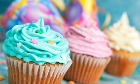 Bandeja de 12 o 24 cupcakes personalizados con 5 temáticas a elegir desde 9.90 €