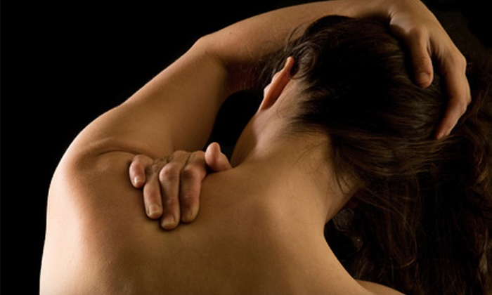 Esteem Treatments - Fernwood: $39 for a Shockwave Pain-Relief Therapy Session at Esteem Treatments ($100 Value)