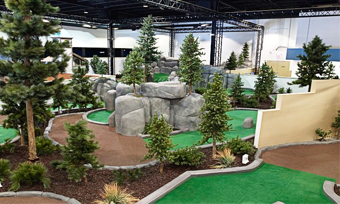 Greenhouse Golf - Waldwick: Mini Golf with Ice Cream for Up to Two, Four, or Eight at Greenhouse Golf