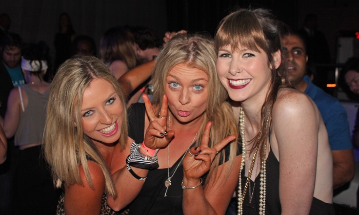 LA Epic Club Crawls - Multiple Locations: Nightclub Crawl with Drinks for 2, 4, or 10 from LA Epic Club Crawls (Up to 94% Off)