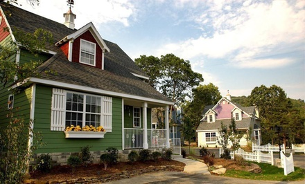 Option 1: Three-Night Stay for Six in a Two-Bedroom Cottage   - Stormy Point Village in Branson
