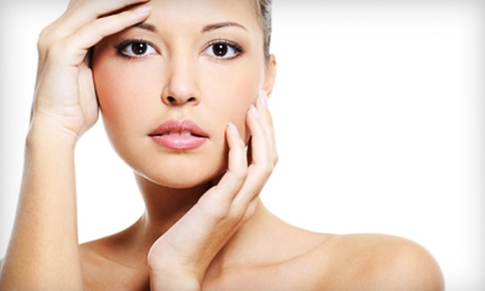 Laser Cliniqúe - Carmel Valley: $79 for One Vibradermabrasion Exfoliation Treatment at Laser Cliniqúe ($200 Value)