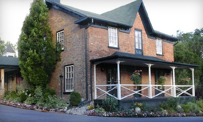 Oakland Hall Inn - Toronto (GTA): $25 for $50 (or $60 if Redeemed Monday–Thursday) Worth of Lunch or Dinner at Oakland Hall Inn in Aurora