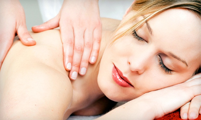 Total Wellness Massage - Skyland Terrace/Greenway Park/Grove Park: $32 for 60-Minute Therapeutic Massage at Total Wellness Massage ($65 Value)