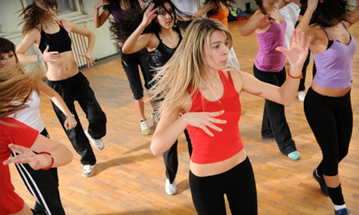 Mueve with Jackie - Santa Fe: 5 or 10 Zumba Classes at Mueve with Jackie in Santa Fe (Up to 58% Off)