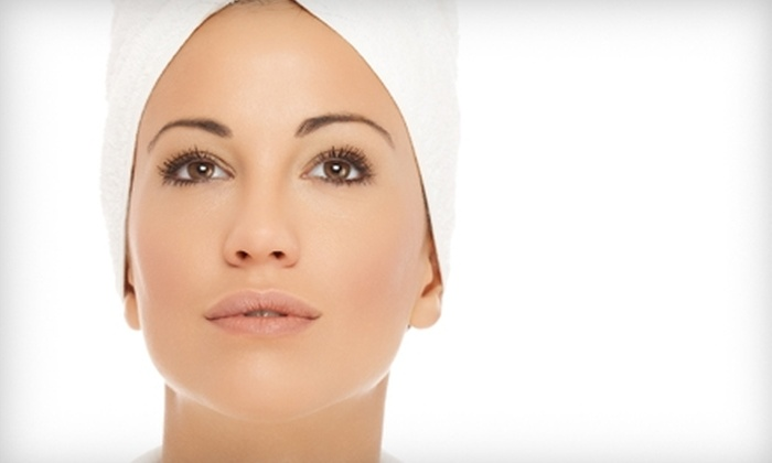 Kurtzman Plastic Surgery - Kenwood: $42 for Micropeel with Dermaplaning or a Custom Facial at Kurtzman Plastic Surgery ($85 Value)